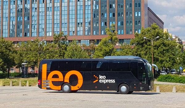 Wynajmij autobus